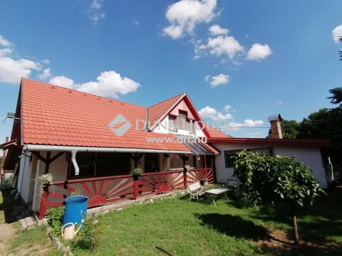 Eladó Ház, Csongrád megye, Domaszék