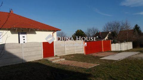 Eladó Ház, Komárom-Esztergom megye, Bábolna
