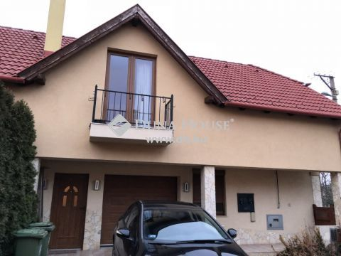 Eladó Ház, Komárom-Esztergom megye, Tatabánya