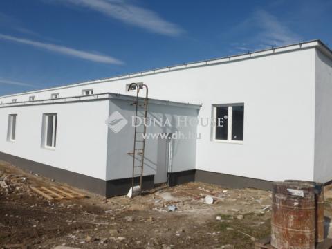 Kiadó Üzlethelyiség, Fejér megye, Sárbogárd - Ipari területen