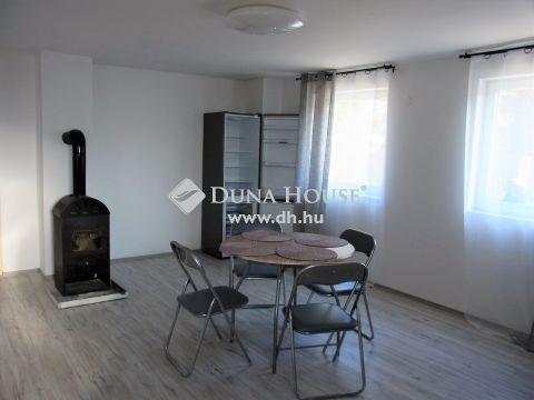 Eladó Ház, Enying - Balatonbozsokon 2 lakásos családi ház