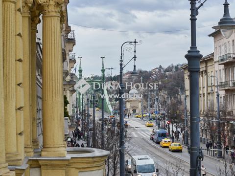 Eladó Lakás, Budapest - Duna közelében erkélyes Luxus lakosztály