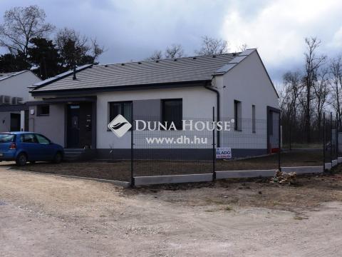 Eladó Ház, Fejér megye, Székesfehérvár - Harmatosvölgy