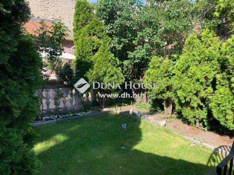 Eladó Ház, Budapest - csendes utcában, 3 hálószobás, hangulatos kerttel
