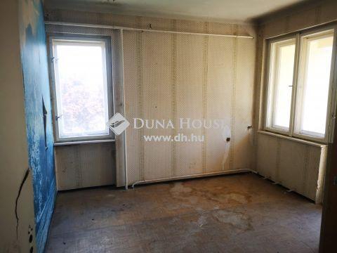 Eladó Ház, Zala megye, Zalakomár - Zalakomár keresett utcájában felújítandó kétszintes családi ház