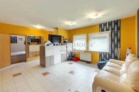 Eladó Ház, Pest megye, Tököl - Újszerű, modern családi otthon, akár teljes bútorzattal!