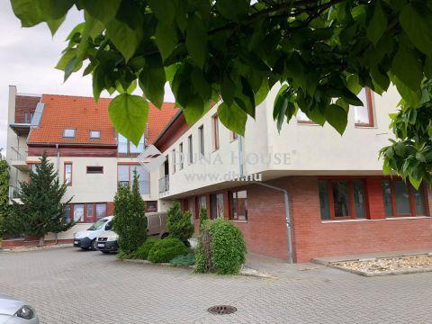 Eladó Lakás, Veszprém megye, Veszprém