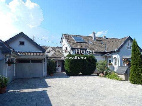 Eladó Ház, Somogy megye, Kőröshegy - Balatonközeli, hangulatos családi ház apartmanokkal