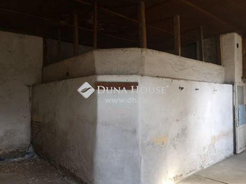 Eladó Ház, Bács-Kiskun megye, Madaras