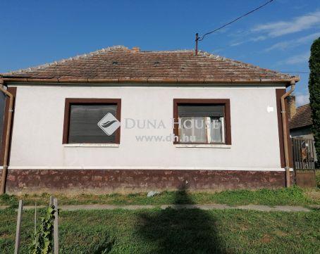 Eladó Ház, Vas megye, Bérbaltavár - Felújításra váró téglaház eladó Vas és Zala megye határán