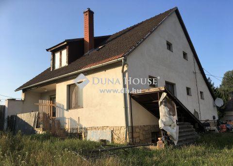 Eladó Ház, Veszprém megye, Pápateszér - csendes utcában, nyugodt környezetben
