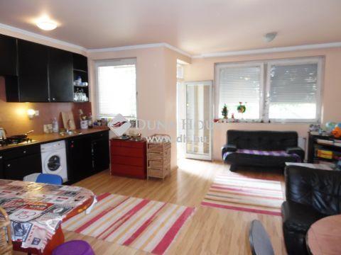 Eladó Lakás, Hajdú-Bihar megye, Debrecen - Belvárosi, 1+2 szobás lakás!