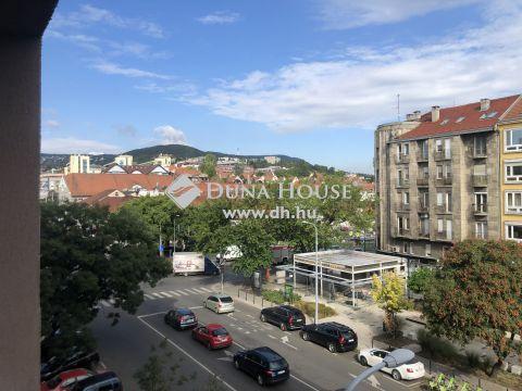 Eladó Lakás, Budapest 2. kerület - népszerű városrészen, közel a Dunához