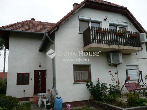 Eladó Ház, Pest megye, Érd - Dombosvárosban 2 lakásos ház