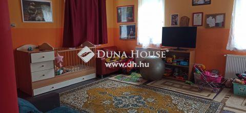 Eladó Ház, Pest megye, Herceghalom - Újszerű környezetben,nappali+4 szobás ház